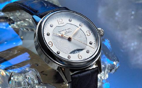 万宝龙手表表玻璃的保养知识