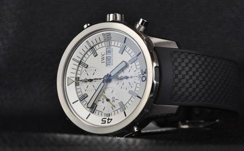 万国手表走快的原因是什么?