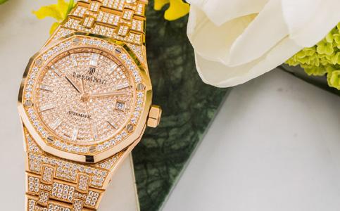 爱彼手表受磁有哪些表现?